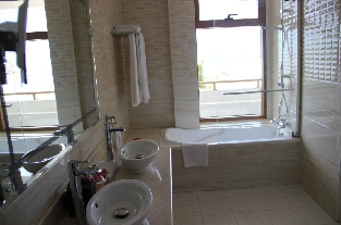 Bathroom, Junior Suite