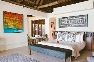 Beach Front Villa - Master Bedroom
