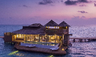 Overwater_Villa_Exterior_Night_View